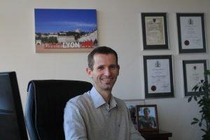Dr Hayden Hobbs